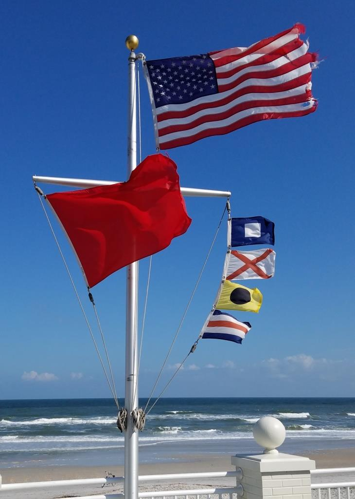 05-PV-Beach-16_10-Flags_web